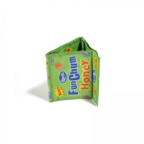 Fruchtsaft Geldbörse aus Recycling Material in Grün