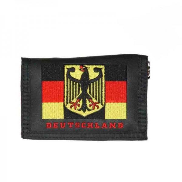 Geldbörse mit Deutschland Flagge Stickerei und Kette