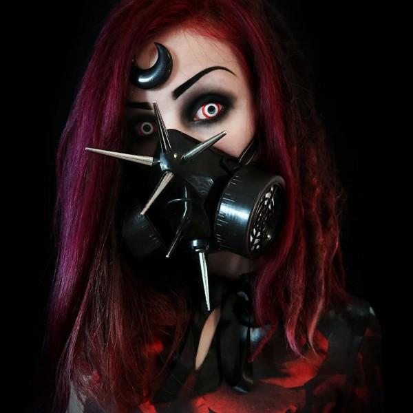 Gasmaske mit XL Spikes