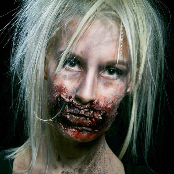 Halloween Zombie Mund Angelina