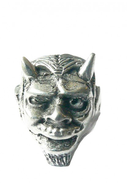 Furchteinflösender Teufel Ring