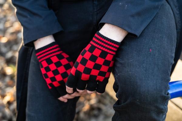 Schwarz Rot Karierte Handschuhe ohne Finger