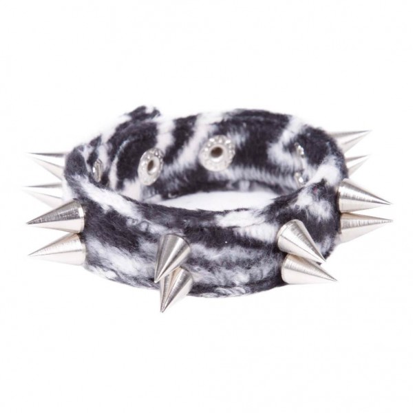 Plüsch Armband mit Metall nieten im Zebra Look