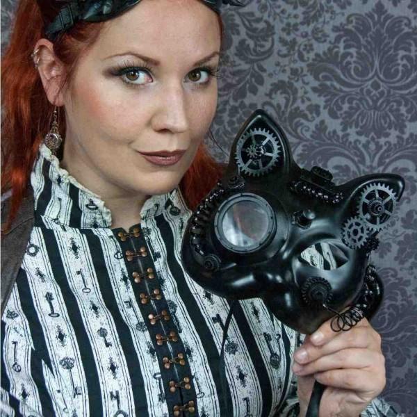 Katze-Maske mit Binokular, Zahnrädern und Kabel - Schwarz