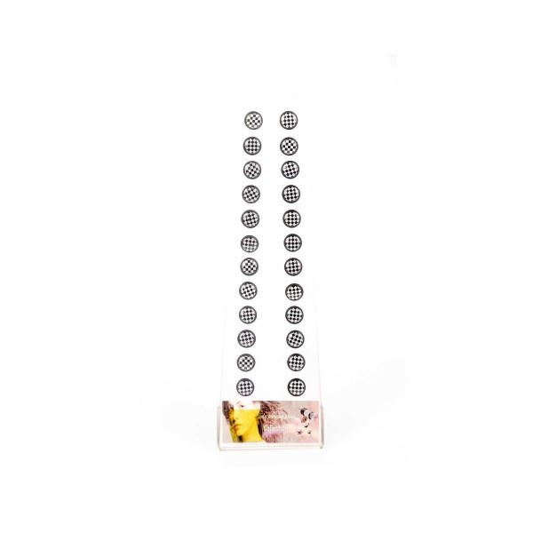 Fake Plugs im Schachbrett Design