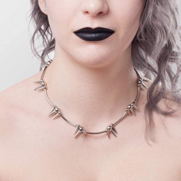 Spikes Metall Halskette