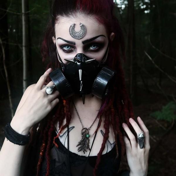 Gasmasken mit Langen Metall Spikes