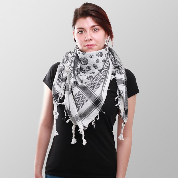 Weißes Kufiya Halstuch mit Schwarzem Totenschädel Muster