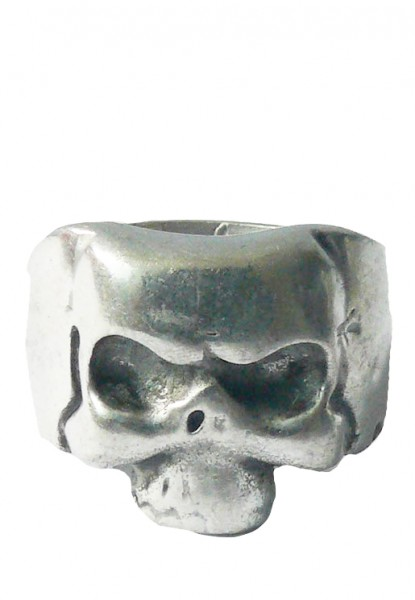 Ring mit Totenköpfen Silber