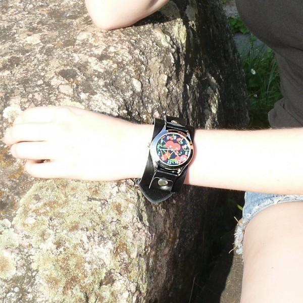Sweet Cherry Kirschen Armbanduhr