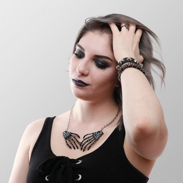 Halskette Skeletthände in Schwarz