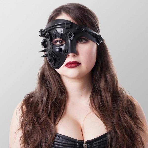 Halbes Gesicht Steampunk Maske mit Spitzen und Zahnrädern Schwarz Maske Schwarz